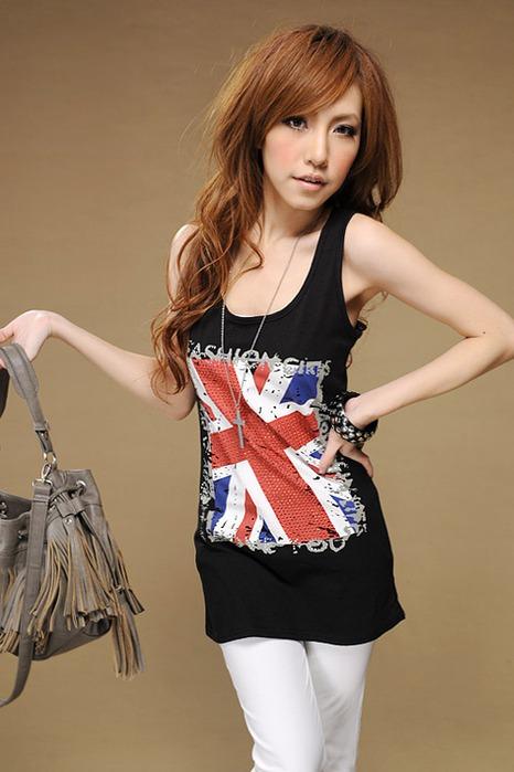 одежда с британским флагом
