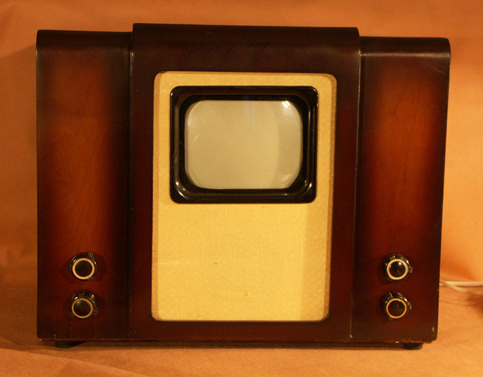 """телевизора """"КВН-49"""","""