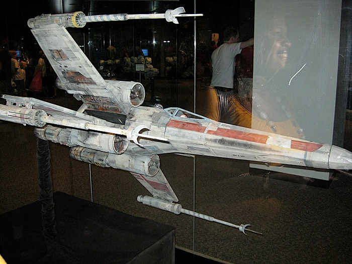 Выставка реквизита Star Wars-Science Museum of Minnesota - Star Wars Where Science Meets Imagination 44670