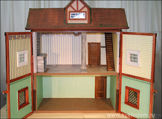 миниатюрного домика.