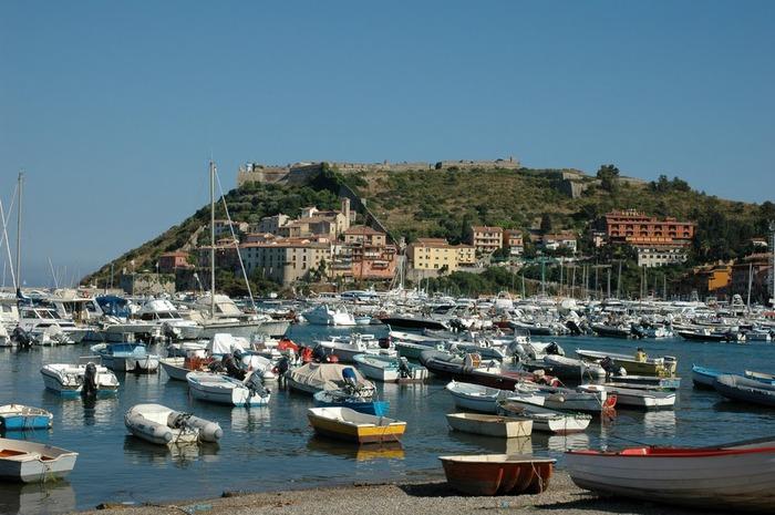 У низкого моря в Тоскане 13144
