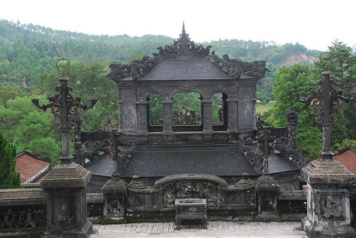 Мавзолей Кхай Динь -Tomb of Khai Dinh 16750