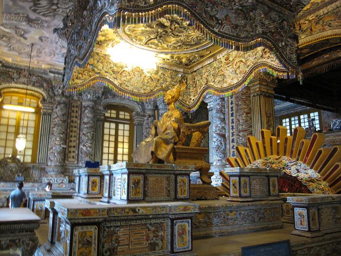 Мавзолей Кхай Динь -Tomb of Khai Dinh 62169