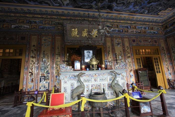 Мавзолей Кхай Динь -Tomb of Khai Dinh 14684