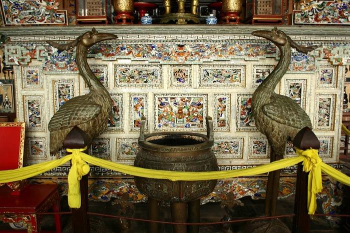 Мавзолей Кхай Динь -Tomb of Khai Dinh 68238