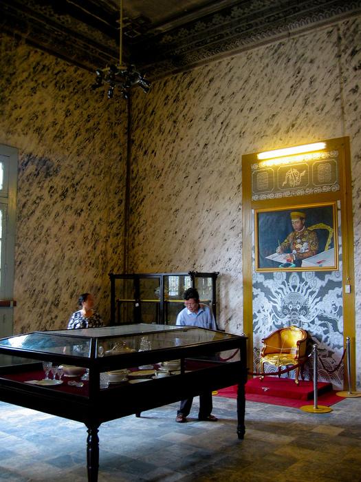 Мавзолей Кхай Динь -Tomb of Khai Dinh 98717