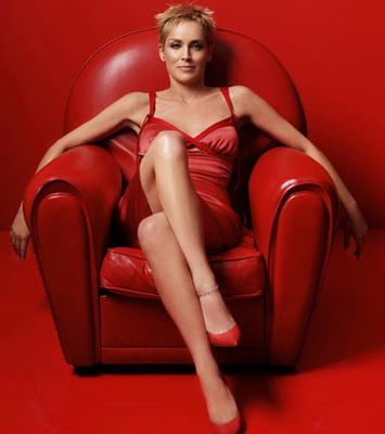Женщины с широко раставленными ногами фото 587-982