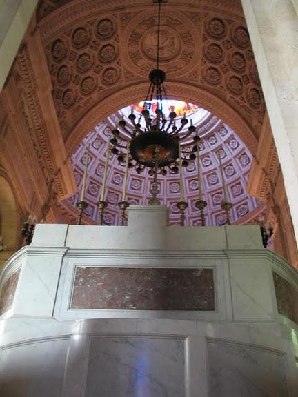 La chapelle royale de Dreux-Королевская капелла в Дрё 46008