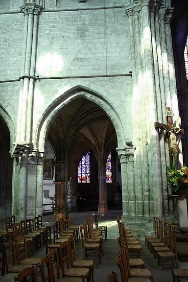 La chapelle royale de Dreux-Королевская капелла в Дрё 33989