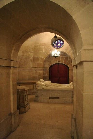 La chapelle royale de Dreux-Королевская капелла в Дрё 72595
