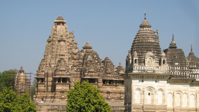 ИНДИЯ: Храмы Кхаджурахо (The Temples of Khajuraho) 64078