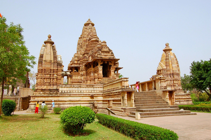 ИНДИЯ: Храмы Кхаджурахо (The Temples of Khajuraho) 91860