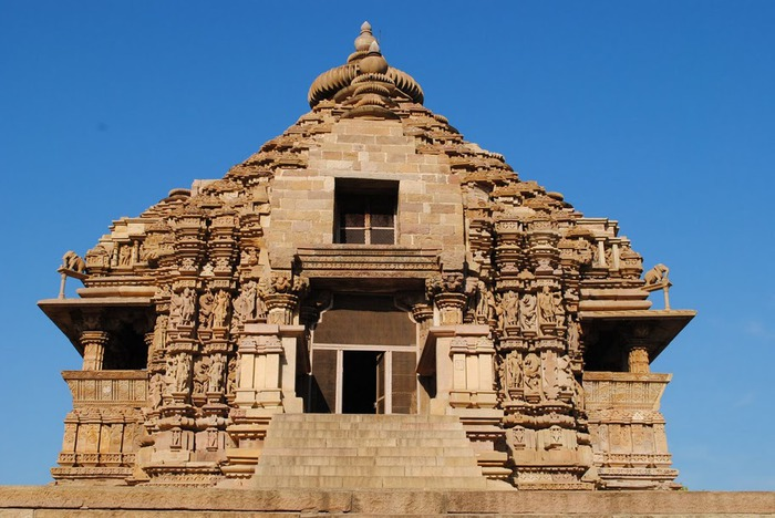 ИНДИЯ: Храмы Кхаджурахо (The Temples of Khajuraho) 37523
