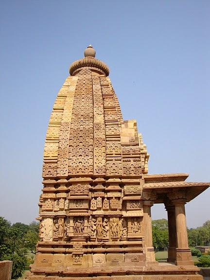 ИНДИЯ: Храмы Кхаджурахо (The Temples of Khajuraho) 37499