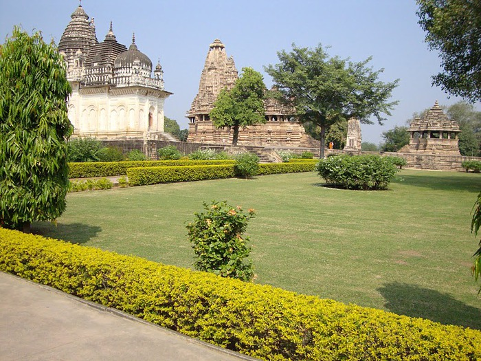 ИНДИЯ: Храмы Кхаджурахо (The Temples of Khajuraho) 53524
