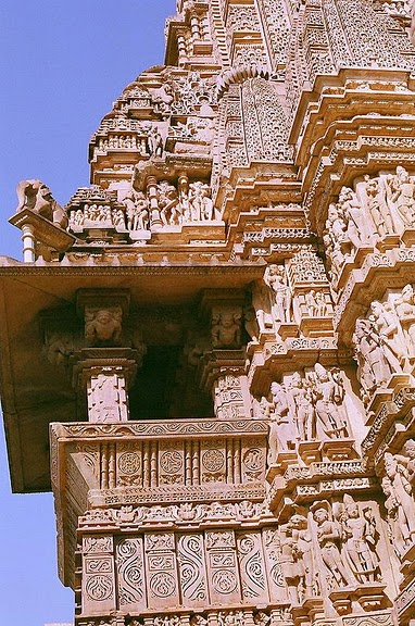 ИНДИЯ: Храмы Кхаджурахо (The Temples of Khajuraho) 84205