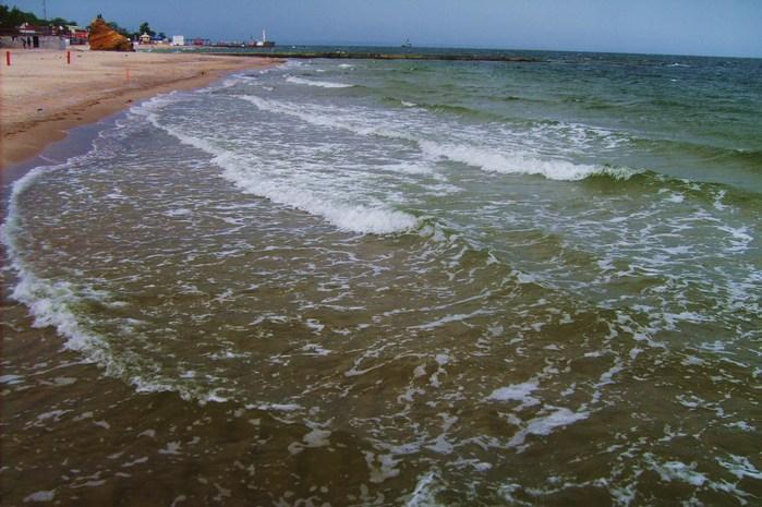 небо, море, волны, пустой пляж