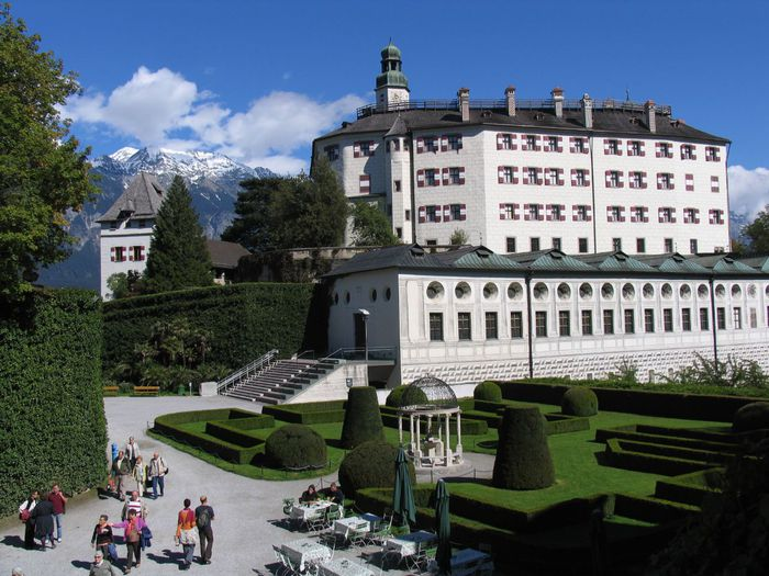 дворец Амбрас (Castle Ambras) 74651