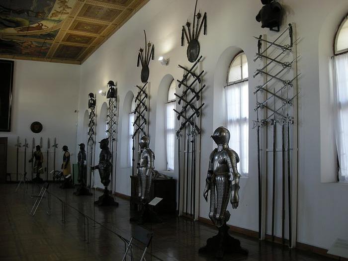 дворец Амбрас (Castle Ambras) 54653