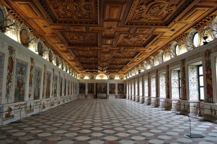 дворец Амбрас (Castle Ambras) 20304