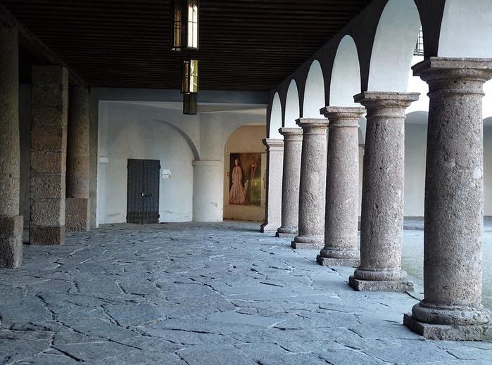 дворец Амбрас (Castle Ambras) 84368