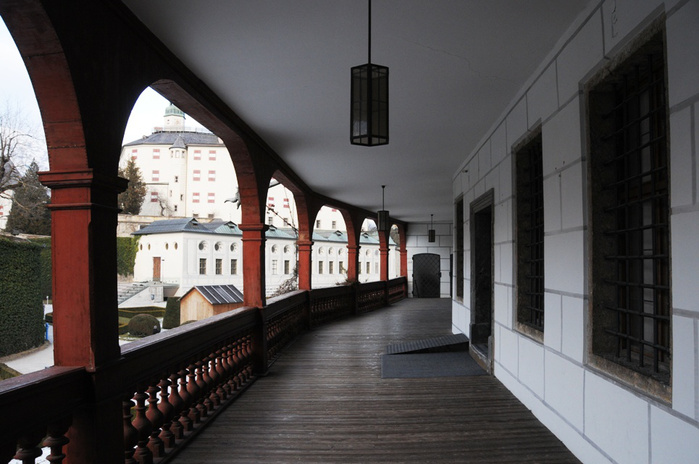 дворец Амбрас (Castle Ambras) 49172