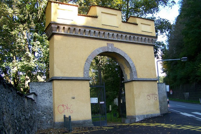 дворец Амбрас (Castle Ambras) 11240