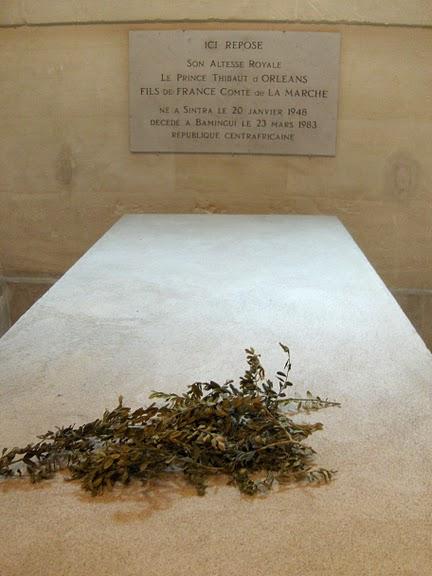 La chapelle royale de Dreux-Королевская капелла в Дрё 76873