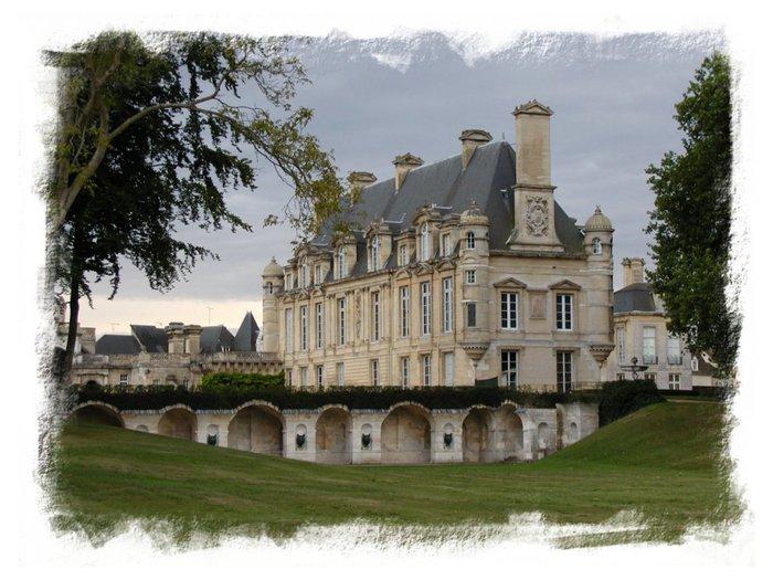 Замок Анэ 15500