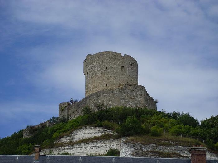 Замок Ла Рош-Гюйон (La Roche-Guyon) 73941