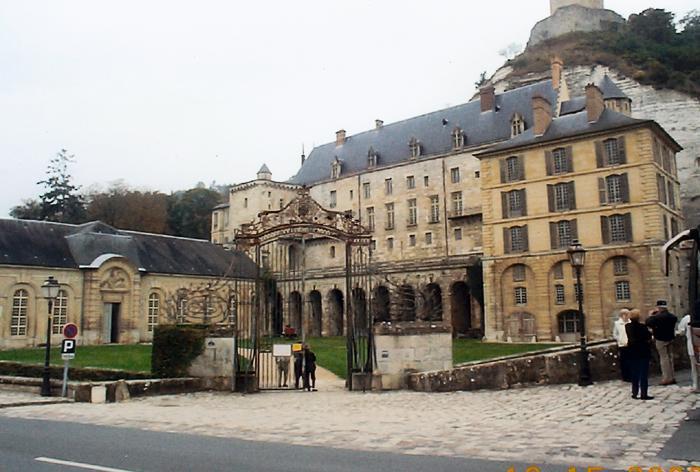 Замок Ла Рош-Гюйон (La Roche-Guyon) 56740