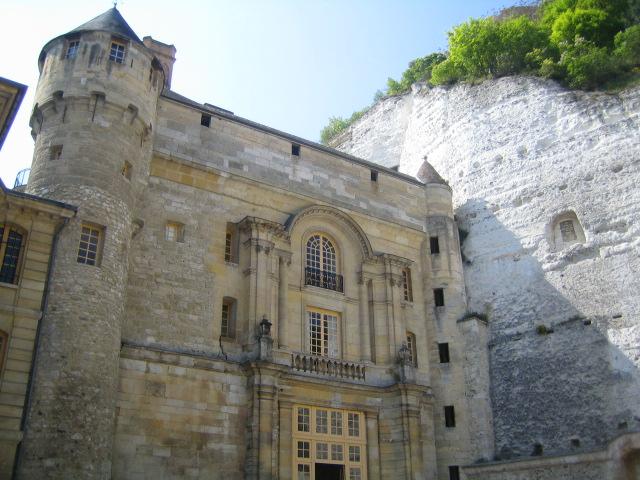 Замок Ла Рош-Гюйон (La Roche-Guyon) 64536