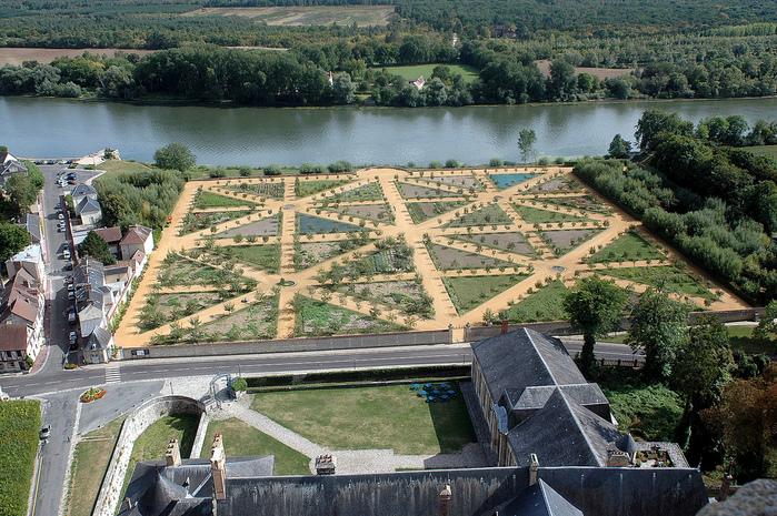 Замок Ла Рош-Гюйон (La Roche-Guyon) 22096