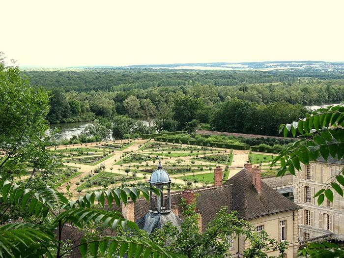 Замок Ла Рош-Гюйон (La Roche-Guyon) 51618