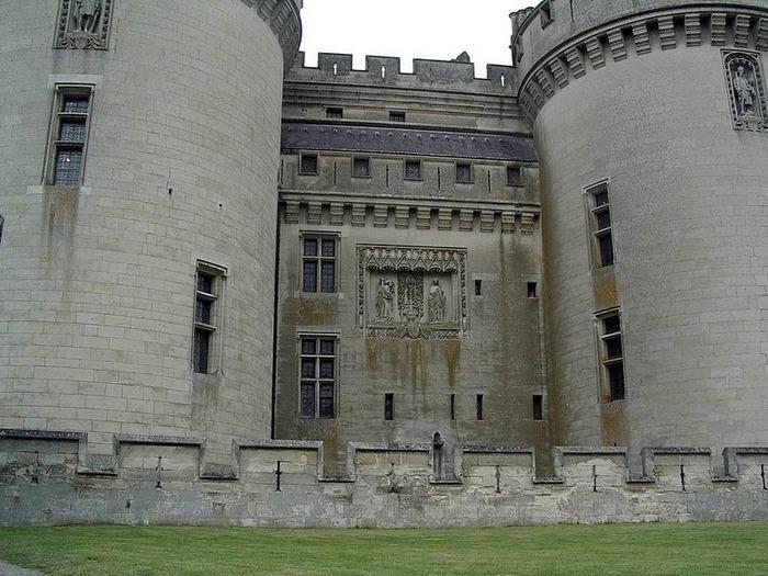 Замок Пьерфон ( фр. Chateau de Pierrefonds ) 57974