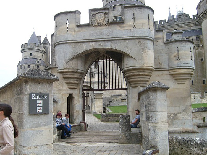 Замок Пьерфон ( фр. Chateau de Pierrefonds ) 10392
