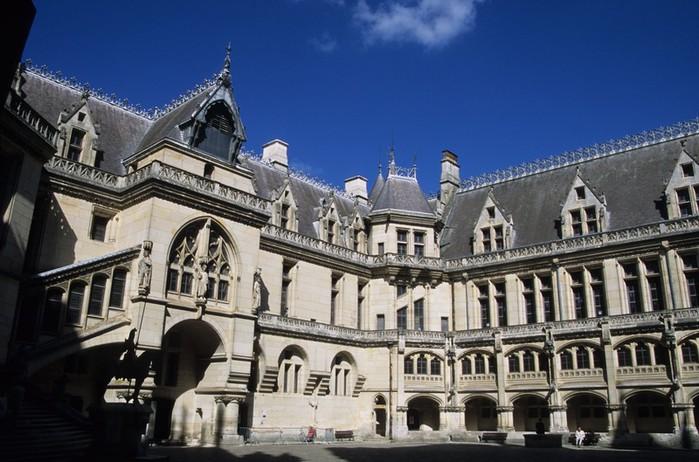 Замок Пьерфон ( фр. Chateau de Pierrefonds ) 62125