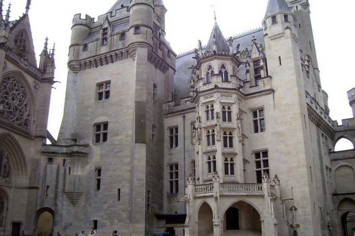 Замок Пьерфон ( фр. Chateau de Pierrefonds ) 66448