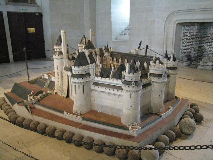 Замок Пьерфон ( фр. Chateau de Pierrefonds ) 81237