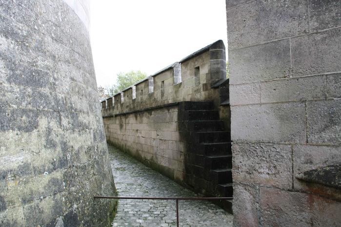 Замок Пьерфон ( фр. Chateau de Pierrefonds ) 69096