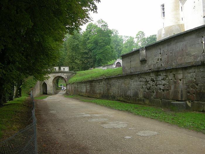 Замок Пьерфон ( фр. Chateau de Pierrefonds ) 30143