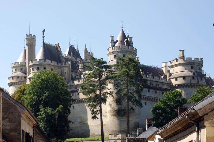 Замок Пьерфон ( фр. Chateau de Pierrefonds ) 80647