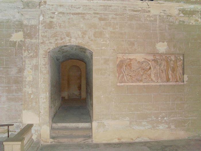 Замок Ла Рош-Гюйон (La Roche-Guyon) 81335