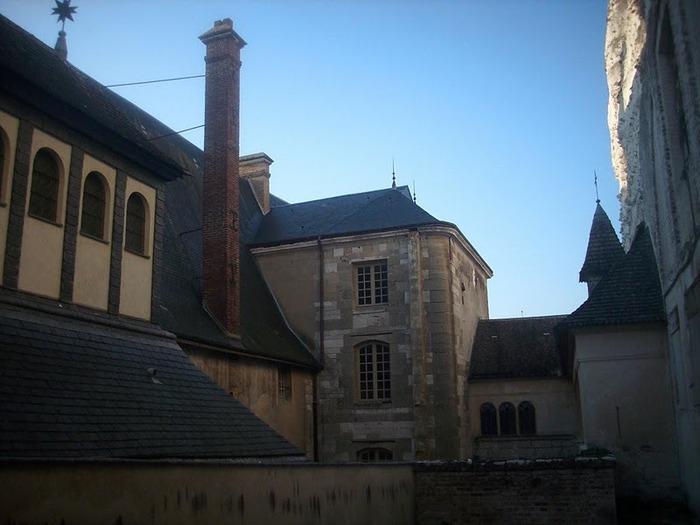 Замок Ла Рош-Гюйон (La Roche-Guyon) 69103