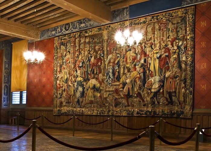 Замок Экуан он же музей Ренессанса 74579