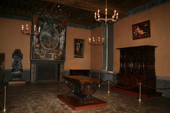 Замок Экуан он же музей Ренессанса 26782