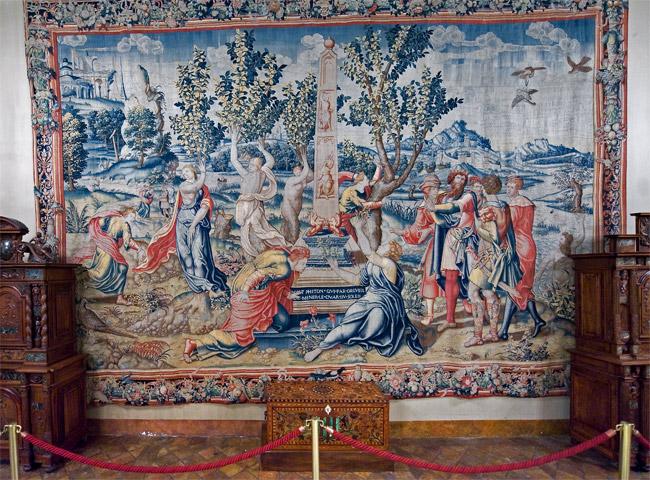 Замок Экуан он же музей Ренессанса 91554