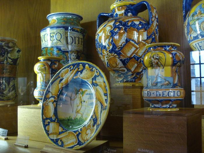 Замок Экуан он же музей Ренессанса 64495