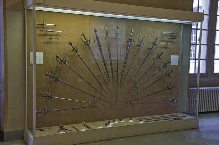 Замок Экуан он же музей Ренессанса 25208