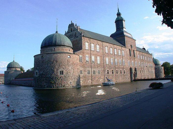 Замок Вадстена (Vadstena) и монастырь Святой Биргитты 87253